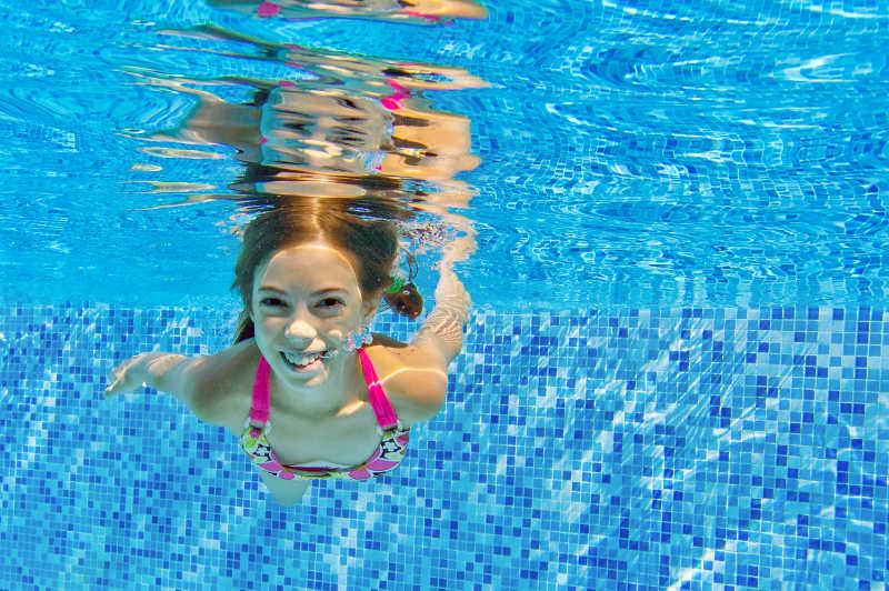 eau limpide après passage du robot piscine